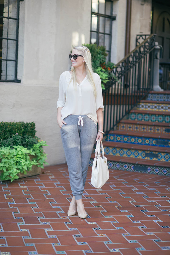 Old Navy Fleece Jogger Pants | The Style Scribe