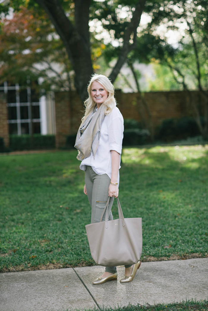 Cuyana Leather Tote | The Style Scribe