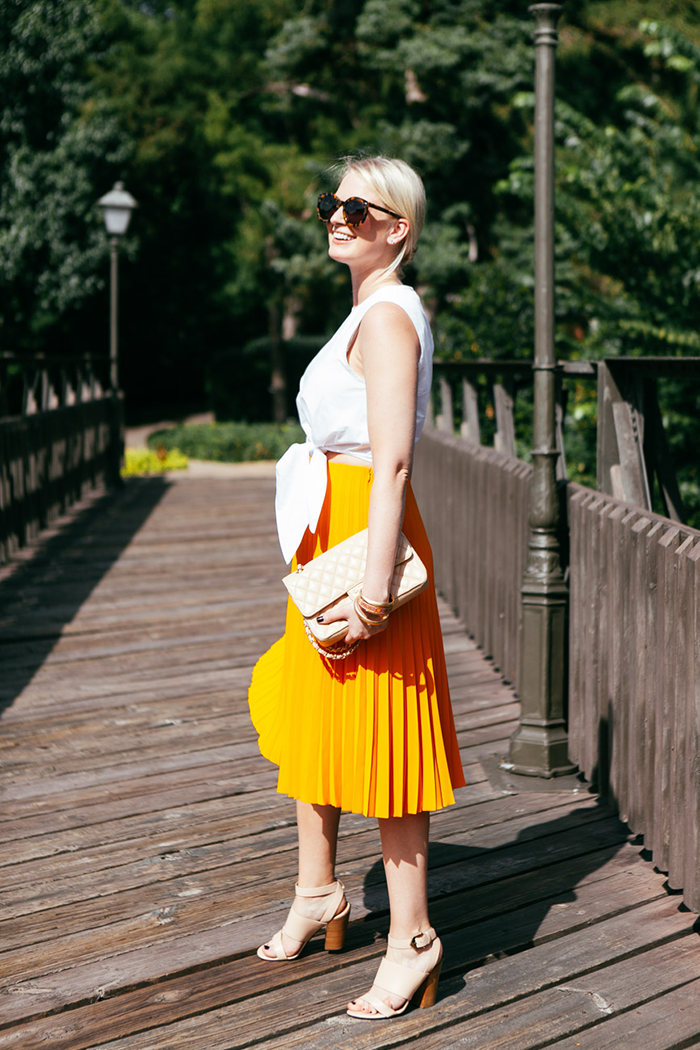 COS Pleated Orange Skirt | The Style Scribe