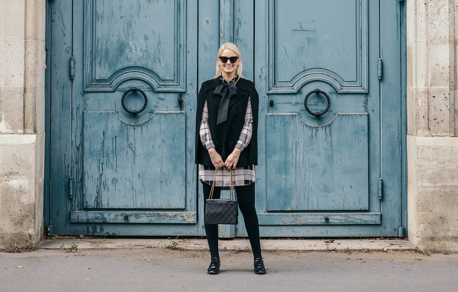 Blue Doors of Paris | The Style Scribe
