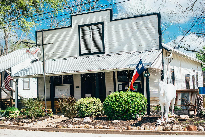 Burton, Texas | The Style Scribe