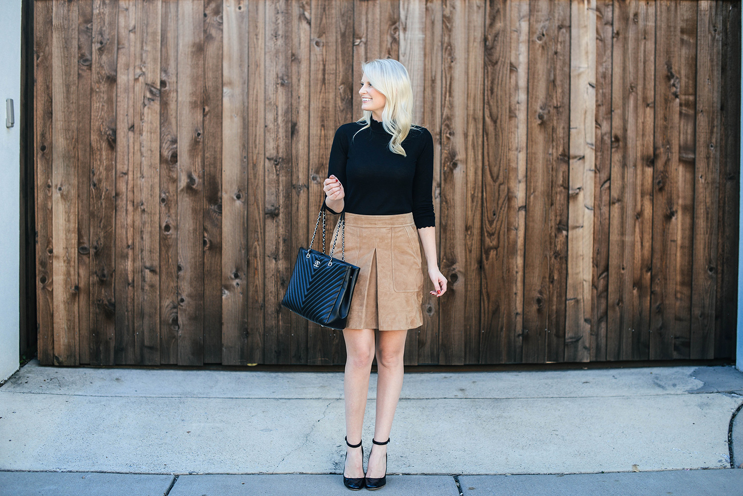 Scalloped Sweater | The Style Scribe