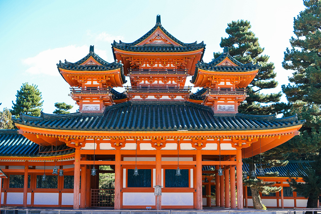 orange shrines and temples kyoto
