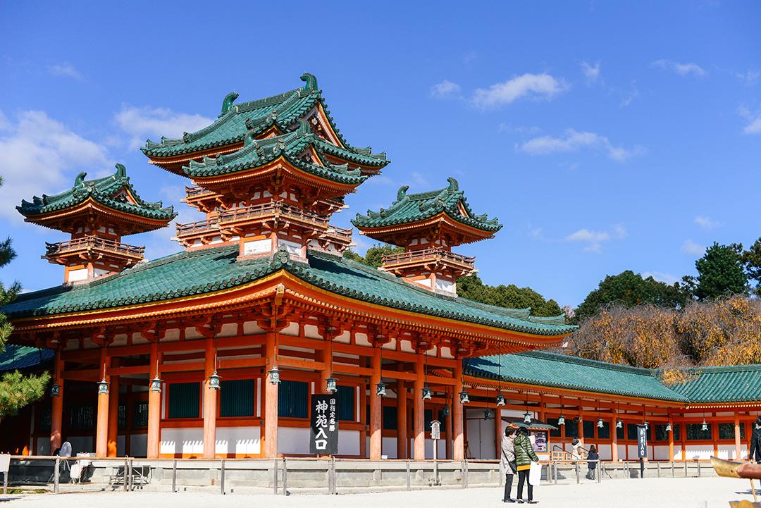 exploring eastern kyoto