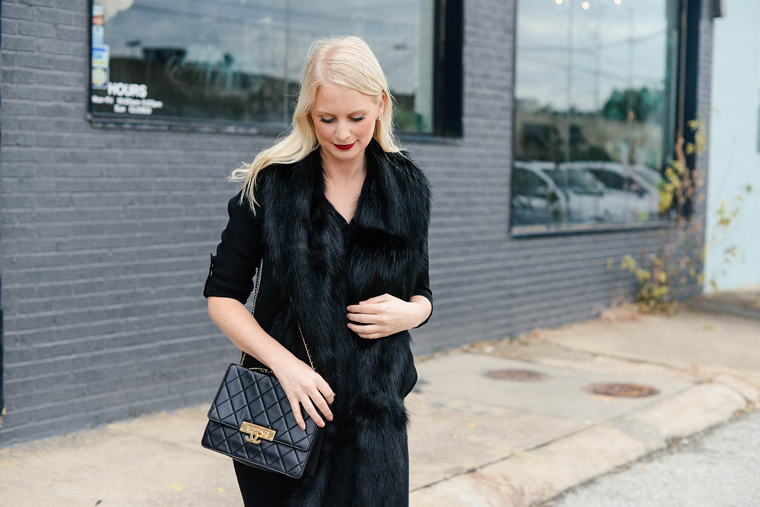 Faux Fur Stole | The Style Scribe