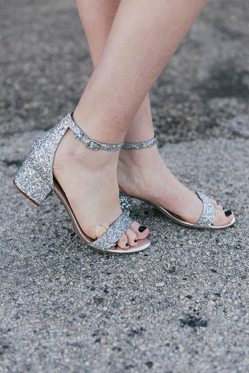 sparkly heels holiday party outfit inspiration