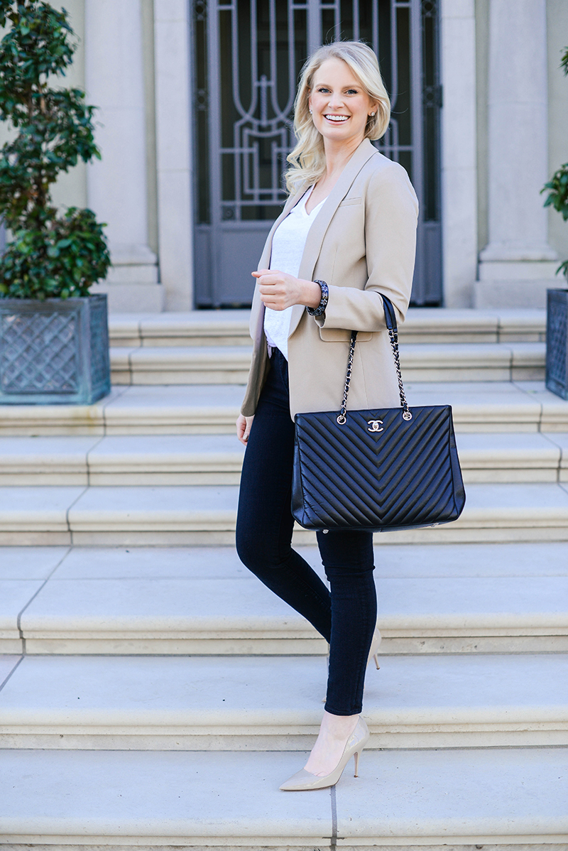 cute business casual outfit ideas  chic blazer jeans and