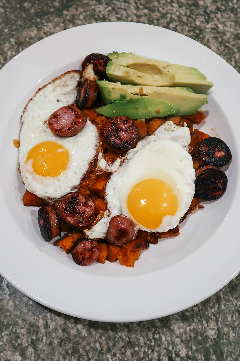 Fried Eggs, Chicken Sausage + Sweet Potato Home Fries | The Style Scribe