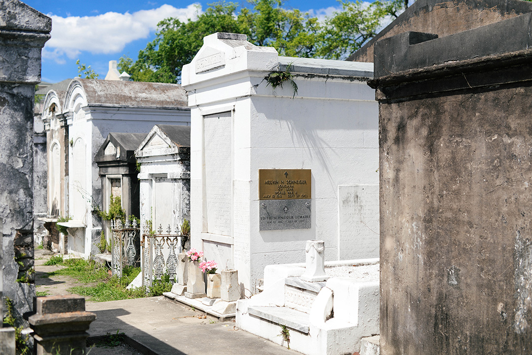 New Orleans Cemetery, Garden District | The Style Scribe