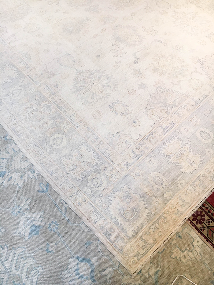 Oushak Rug | The Style Scribe