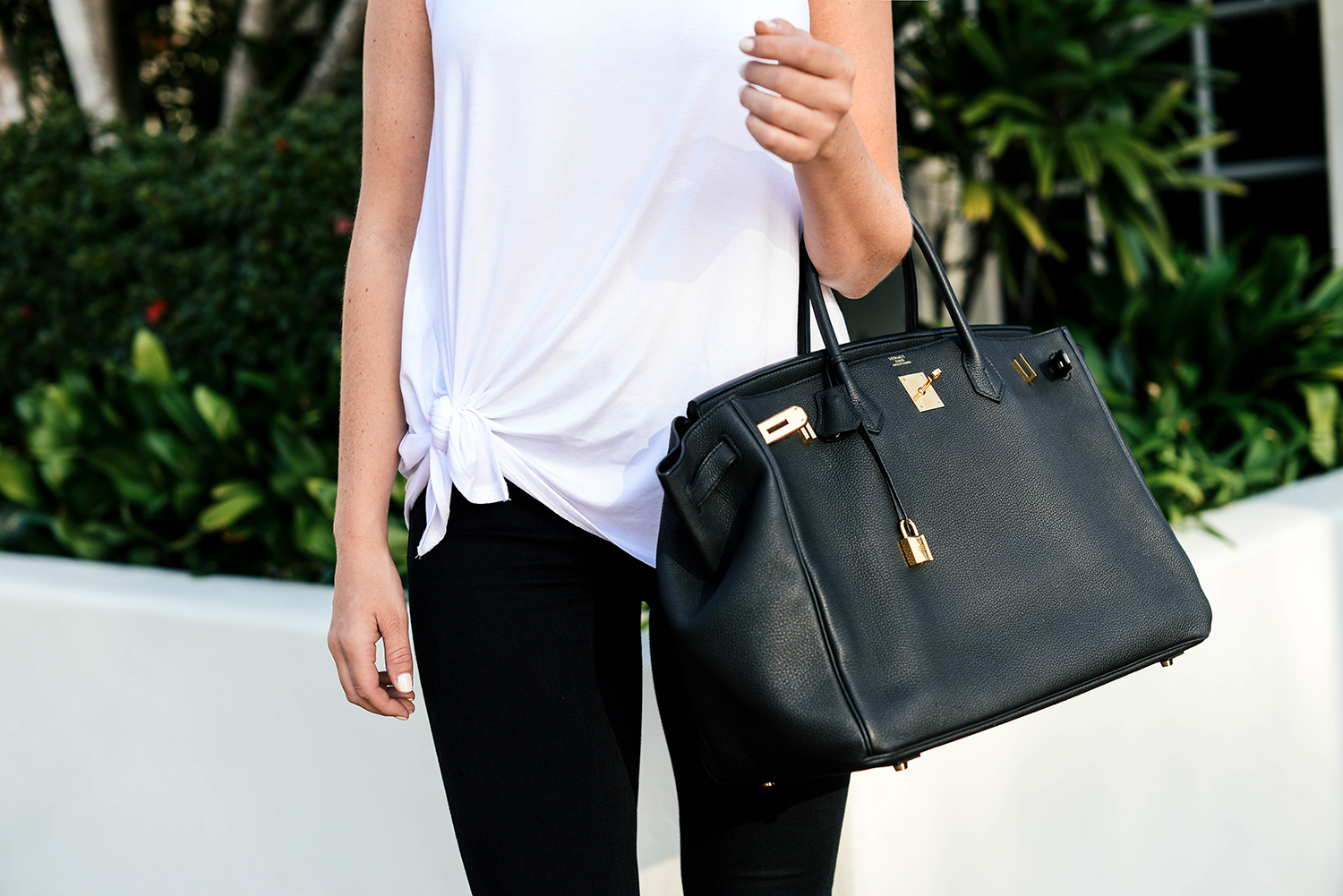 b71d7a804e8 Hermès Birkin Bag - Black Leather with Gold Hardware