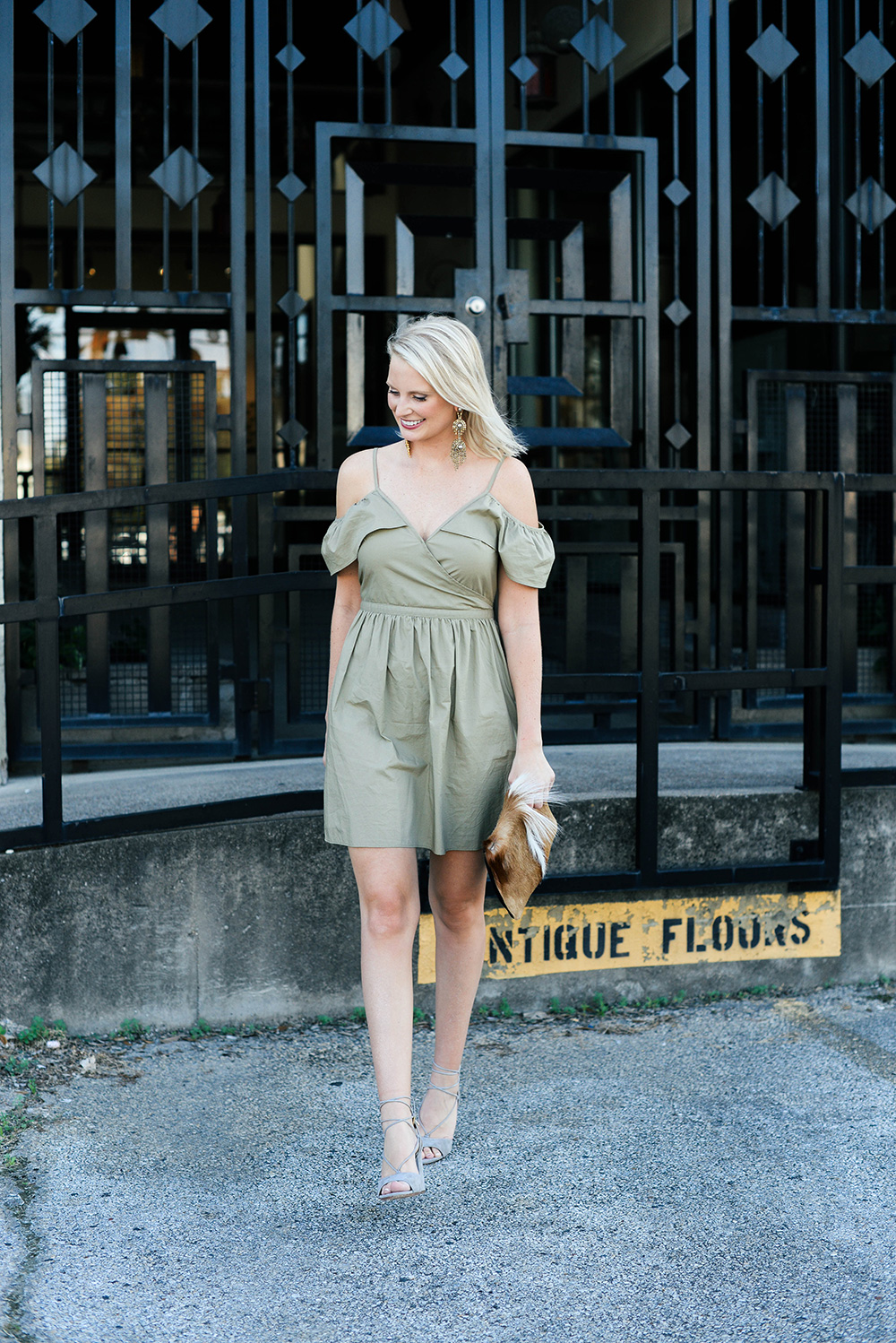 Madewell Khaki Cold Shoulder Dress | The Style Scribe