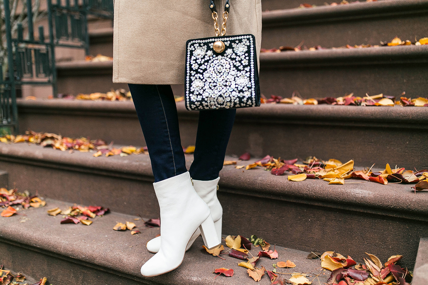 Joie Saleema Off White Leather Ankle Boots | Merritt Beck