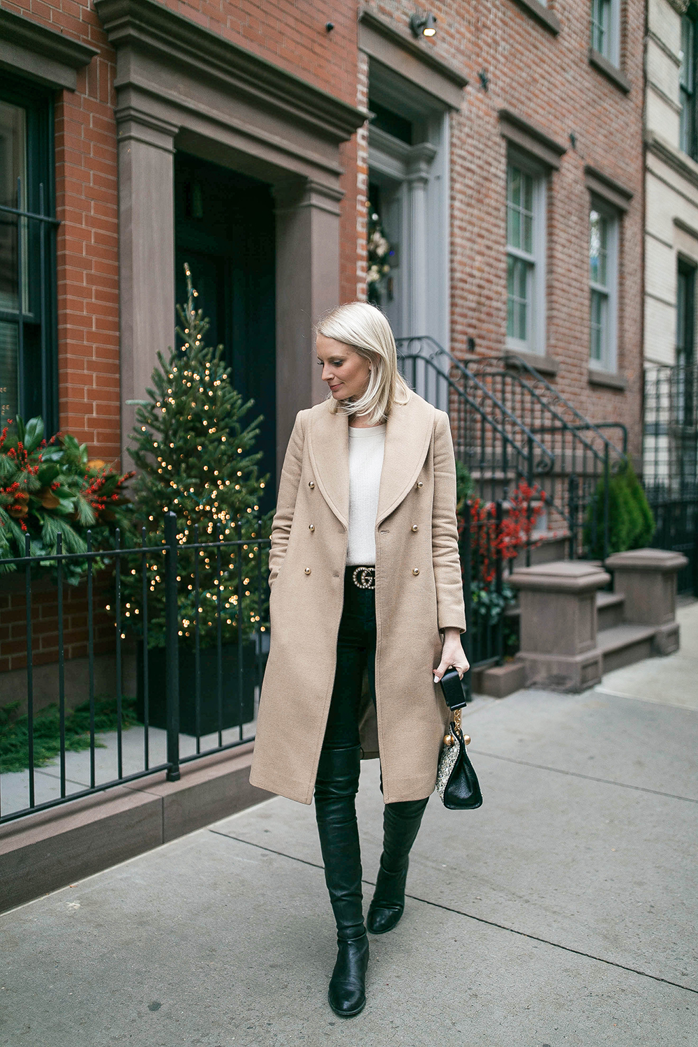 Club Monaco Cahndisse Camel Coat | The Style Scribe