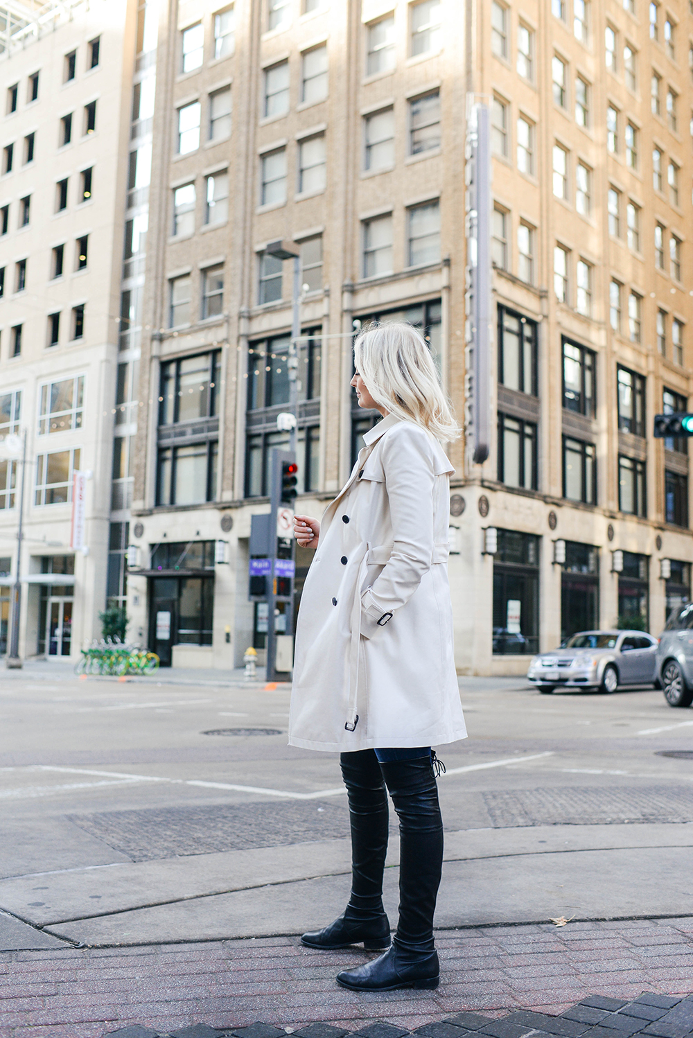 Club Monaco Trench Coat Spring 2018 | Merritt Beck, Dallas Style Blogger
