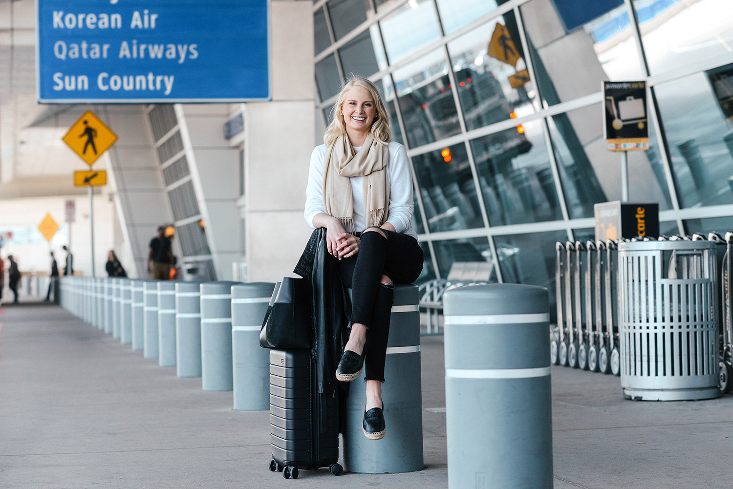 Long Haul Flight Outfit Ideas   The Style Scribe