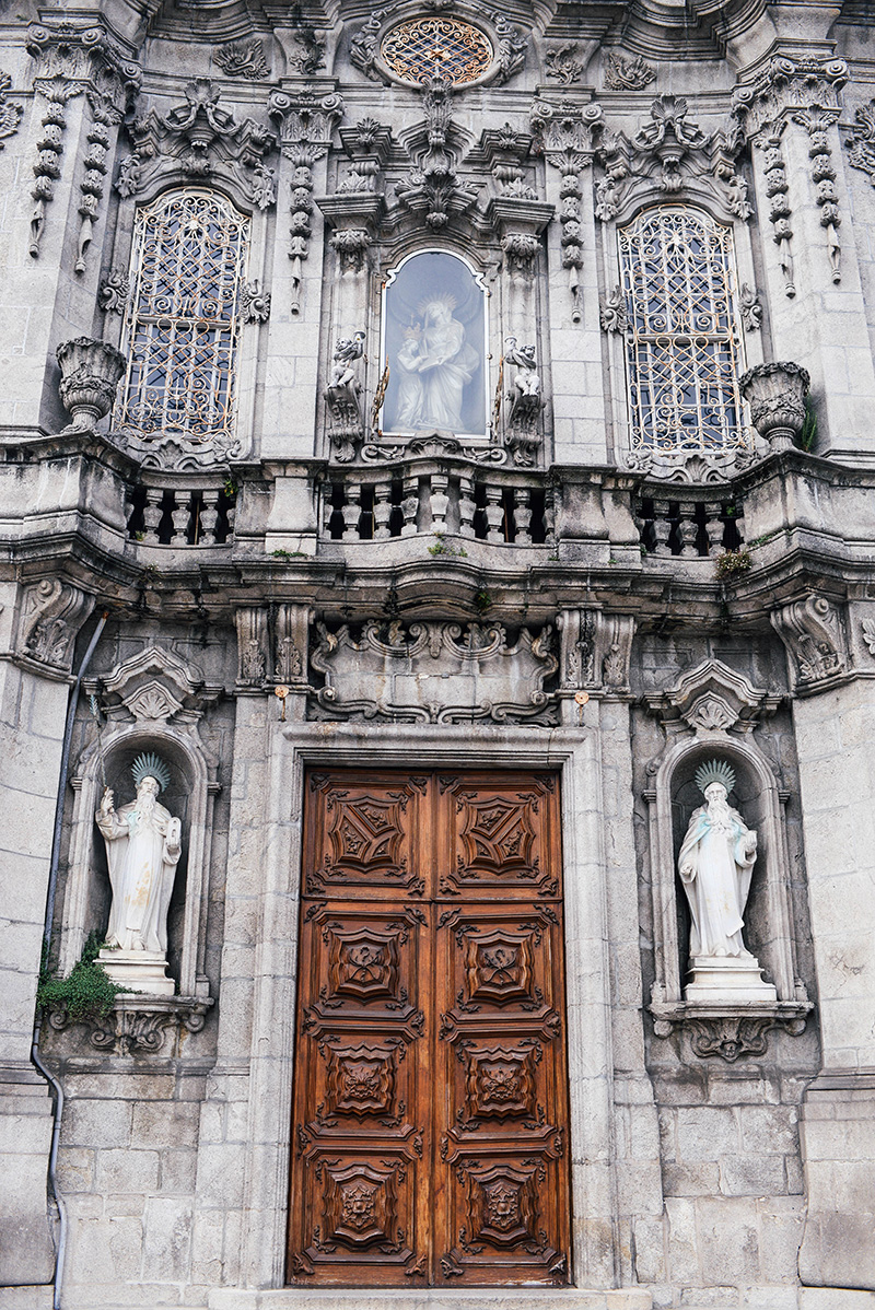 Igreja do Carmo in Porto, Portugal | The Style Scribe