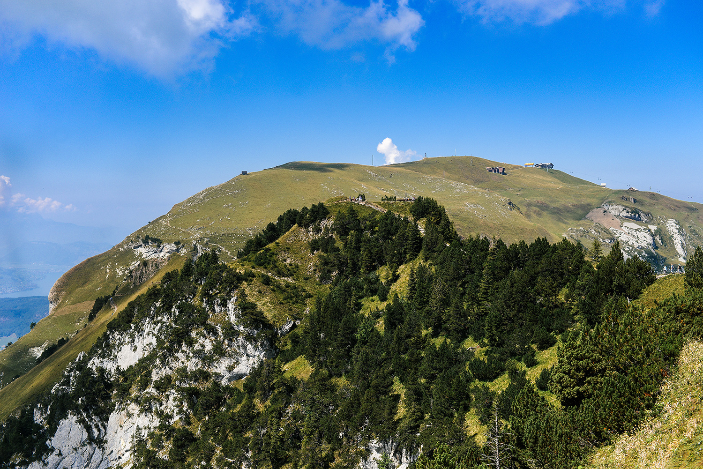 Best Hiking Trails outside of Zurich, Switzerland   Klingenstock Trail in Stoos