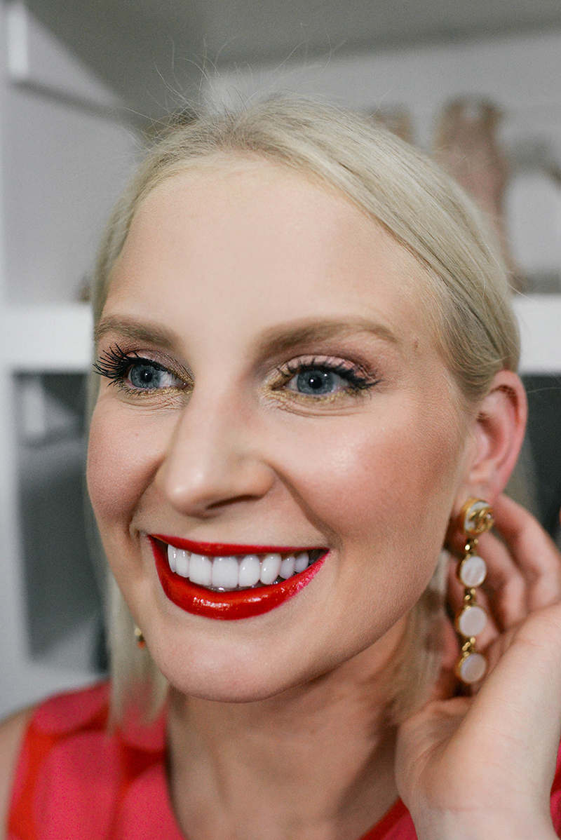 Five Easy Ways to Change Up Your Makeup Look for the Holidays