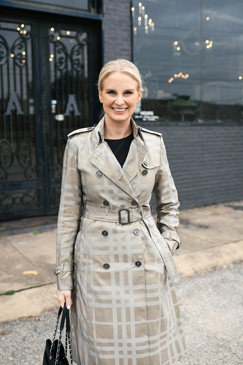 Recreating Meghan Markle's Outfits | Plaid Trench in Wellington, New Zealand