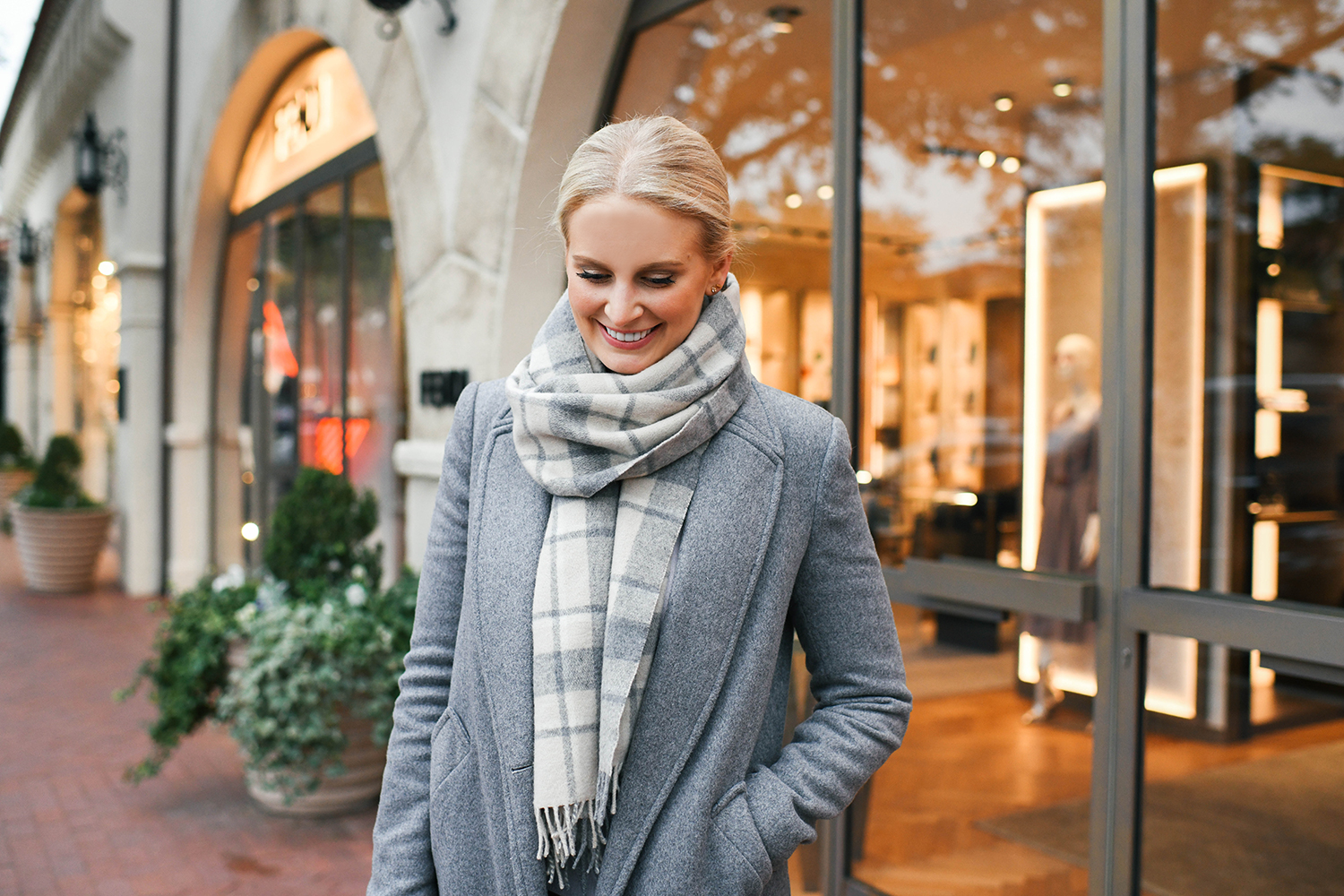 a6b44851342 TIPS FOR SHOPPING YOUR OWN CLOSET