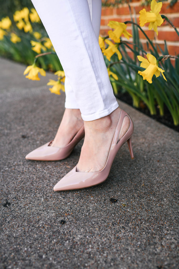 AQUAZZURA SIVA PATENT LEATHER PUMP IN POWDER PINK