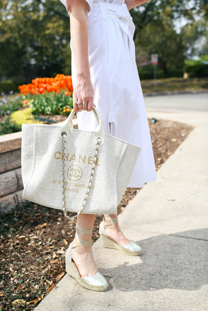 CHANEL LARGE SHOPPER TOTE IN CREAM AND GOLD