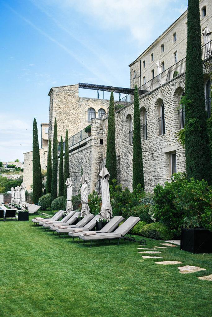 AIRELLES BASTIDE DE GORDES // PROVENCE, FRANCE HOTEL & SISLEY SPA - A REVIEW