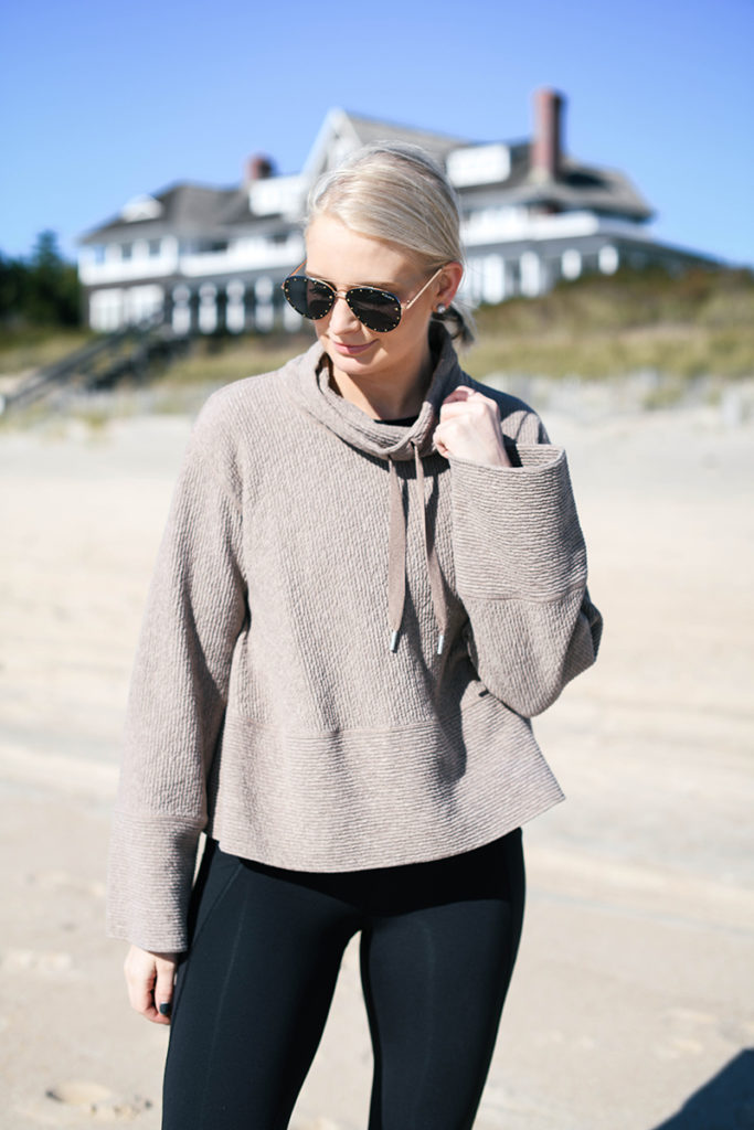 LULULEMON RETREAT YOURSELF PULLOVER