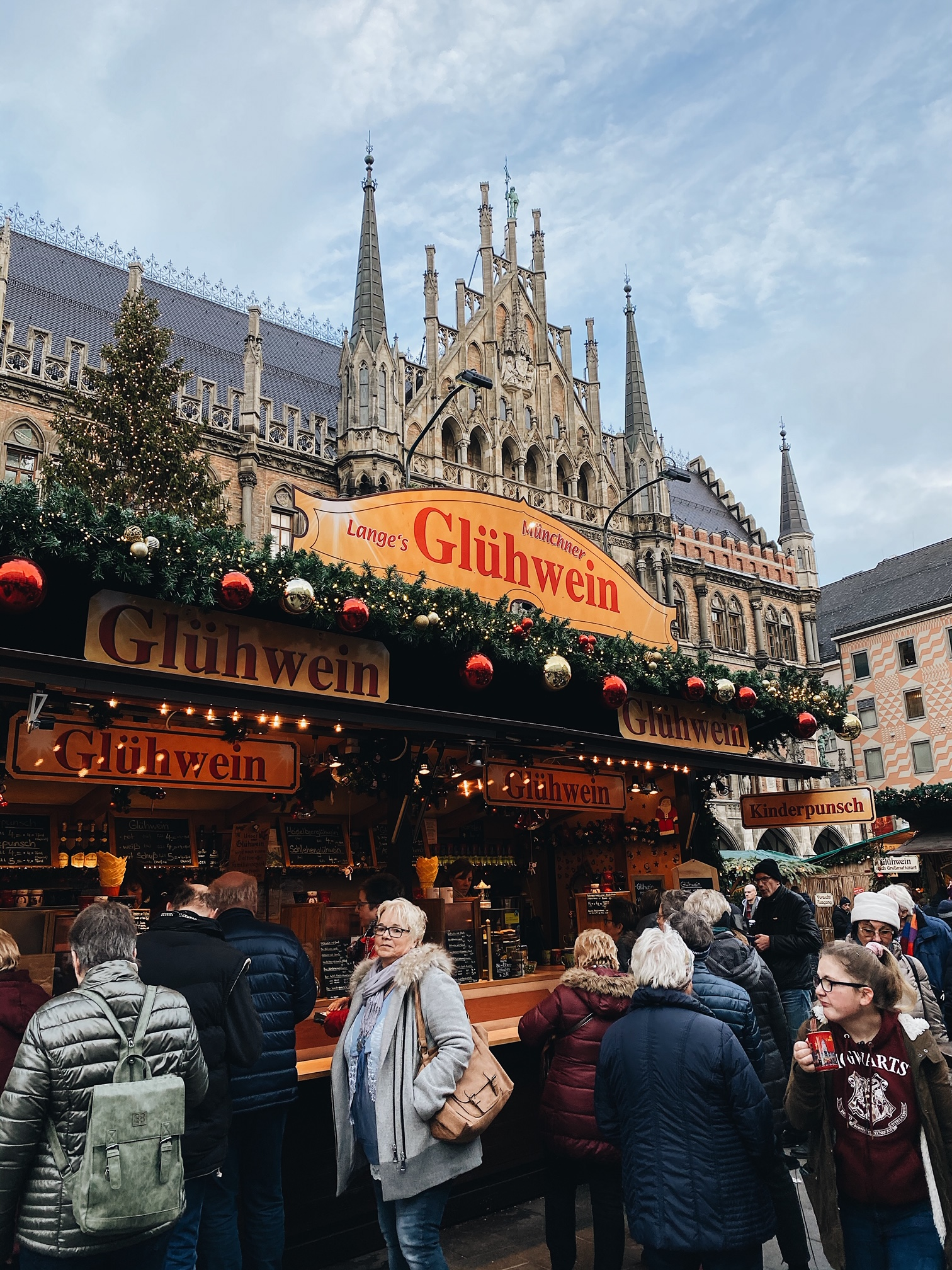 MUNICH GERMANY CHRISTMAS MARKETS