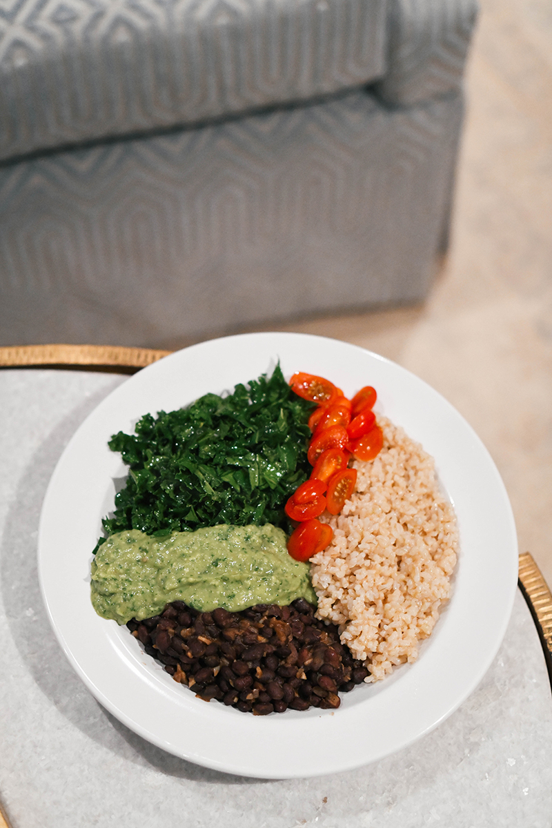 Kale and Black Bean Burrito Bowl // Healthy Recipes to Try in 2020