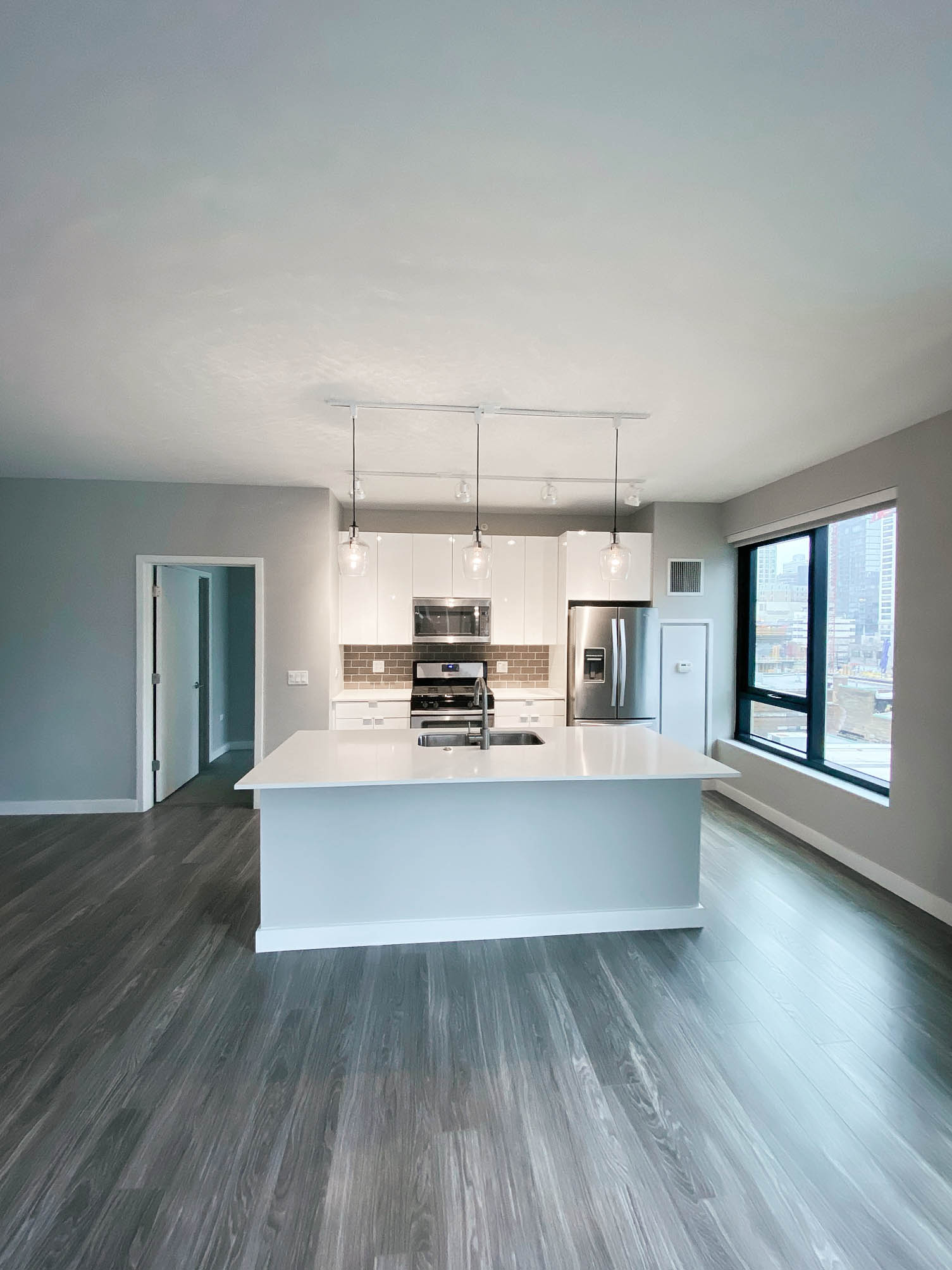 Aurelien | Chicago Apartments