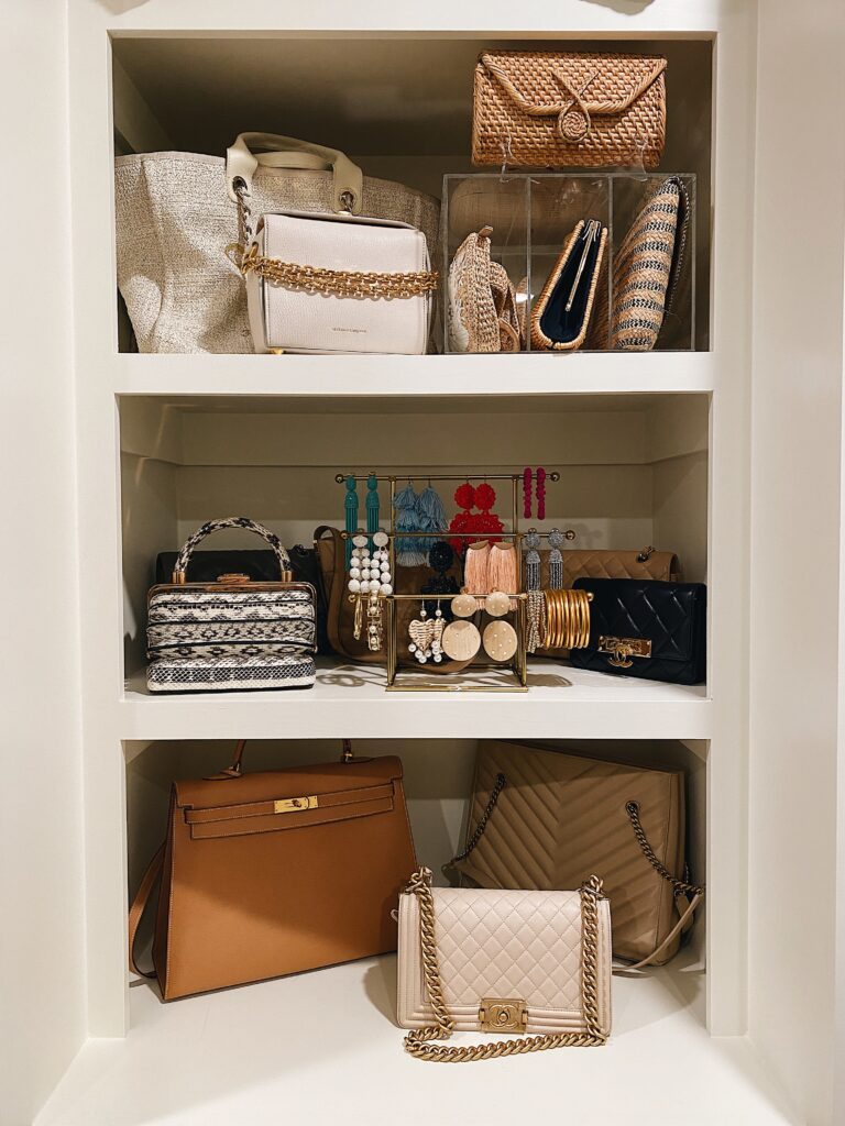 FIRST LOOK AT MY NEW CLOSET