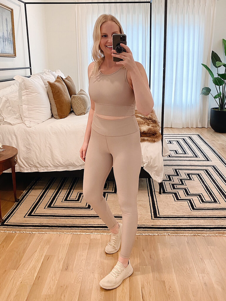 FITNESS UPDATE AND NEW ACTIVEWEAR LOOKS FOR THE SEASON