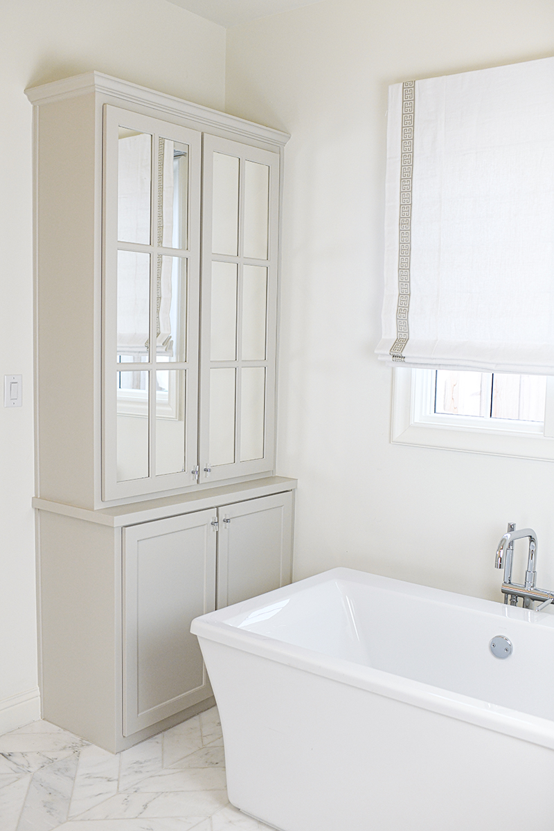 NEW HOUSE UPDATE: BATHROOM PAINT BY CLARE PAINT