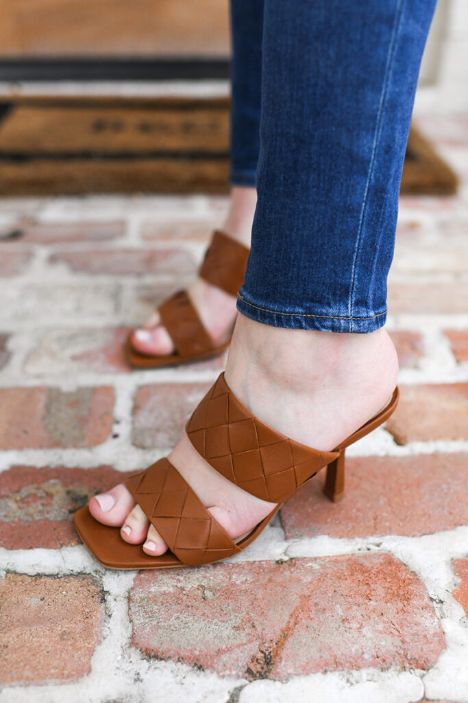 VINCE CAMUTO WOVEN HEELED SANDALS